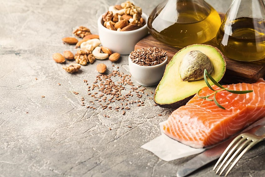 foods rich in healthy fats